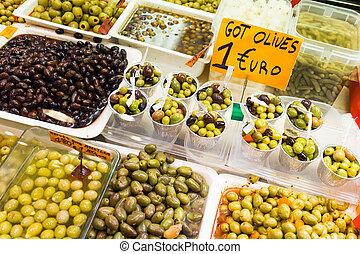 La Boqueria - Olives shop in La Boqueria market, Barcelona.