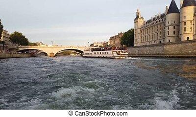 La Conciergerie, Paris, France - La Conciergerie, , bridges ...