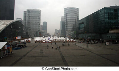 La Defense, Paris - Time lapse