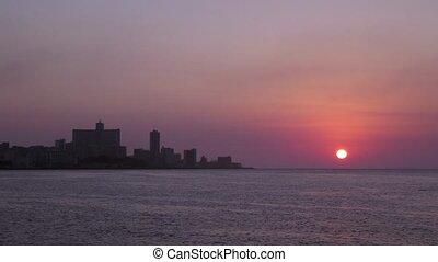 La Habana skyline, sea sunset, Cuba - Skyline, buildings and...
