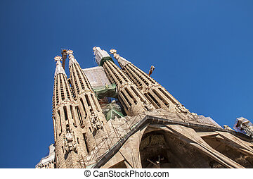 La Sagrada Familia-BARCELONA, SPAIN - BARCELONA, SPAIN - :...