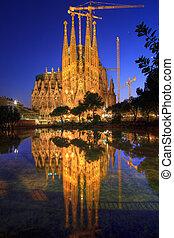 La Sagrada Familia, Barcelona, Spain. - Amazing Image of the...