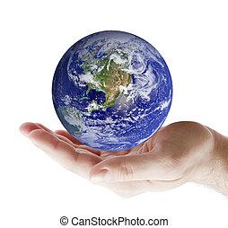 la terre, main