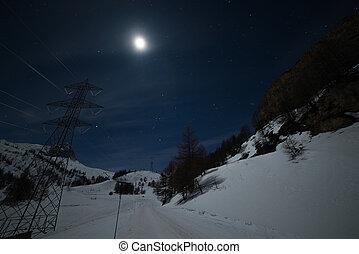 la, thuile, stazione sciistica, notte, illuminato, vicino, mooonlight