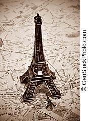 la torre eiffel, en, parís, francia