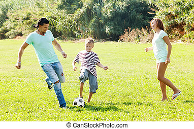 labda, három, család