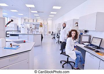laboratórium, dolgozó, tudósok
