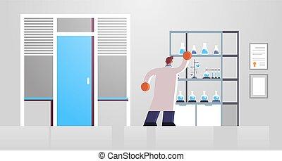 laboratoire, plat, scientifique, hôpital, clinique, arrière, horizontal, entiers, manteau, laboratoire, médecine, blanc, docteur, intérieur, tubes, essai, healthcare, monde médical, mâle, longueur, fonctionnement, vue, concept