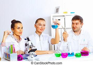 laboratorium, hold, arbejder, videnskabsmænd