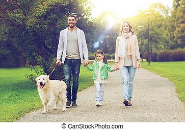 labrador, familie,  Park, hund, glücklich, Apportierhund