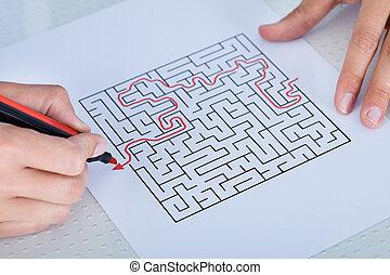 labyrinthe, gros plan, résoudre, puzzle, main