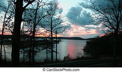 lac, coucher soleil, 2