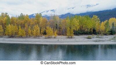 lac montagne, gammes, forêt automne, long, 4k