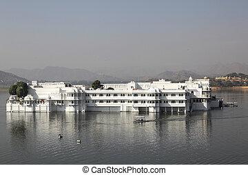 lac, palais, udaipur, rajasthan, inde