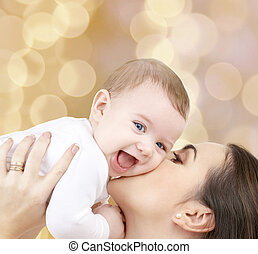 lachen, baby, spelend, met, moeder