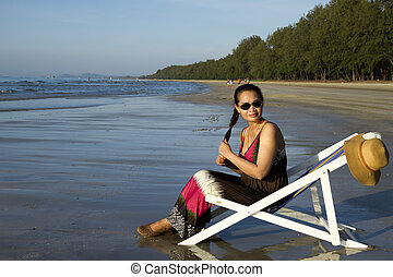 Lady relax wiht sunshine