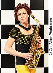 lady saxophonist