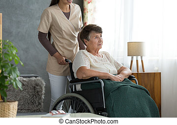 Lady with alzheimer's disease