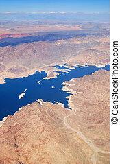 lago, com, montanhas, vista aérea