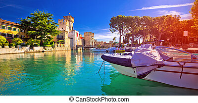 Lago di Garda town of Sirmione turquoise watefrront ...