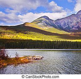 lago, montaña, costa