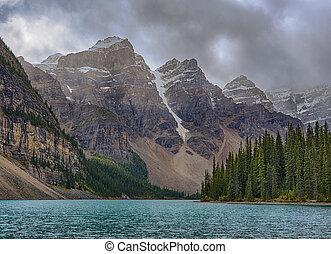 lago moraine, em, parque nacional banff, alberta canadá
