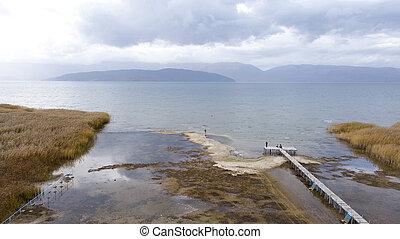 lago, prespa, em, macedonia, zangão, vista aérea