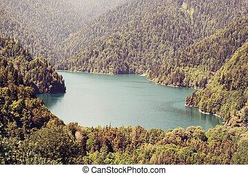lago, ritsa, e, il, caucasus, montagne, in, abkhazia