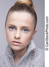 laine, chandail, gris, jeune, femme, portrait