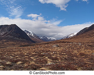 Lairig Ghru, Cairngorms, Scotland in may, Devil point to the...
