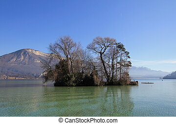lake Annecy and trees - lake Annecy, France
