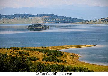 lake autumn panorama