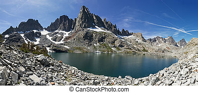 panorama of Lake Cecile and Clyde Minaret in the Ansel Adams Wilderness