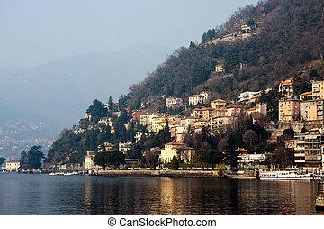 Lake Como in winter