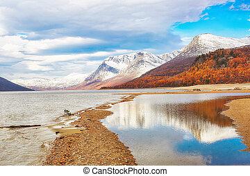 Lake Gjevilvatnet, Norway