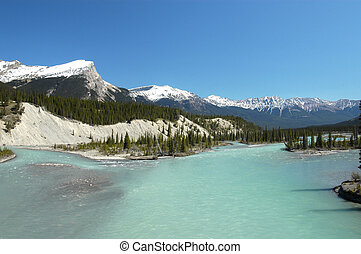 LAKE IN CANADIAN ROCKIES
