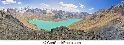 Lake in Kyrgyzstan - Scenic panorama of picturesque ...