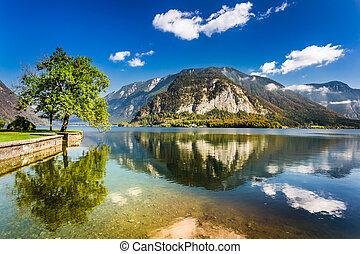 Lake in the Alps, Hallstatt