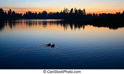 Lake Manzanita, Lassen Volcanic National Park, California, USA