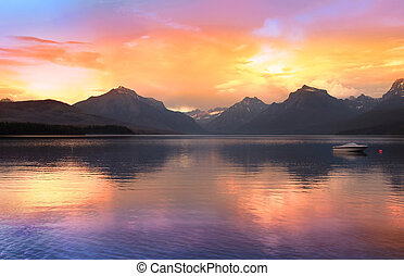 Lake McDonald largest lake in Glacier national park