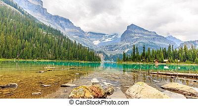 Idyllic Lake O'Hara in Yoho National Park, Alberta Canada