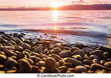 Lake on sunset - Sunset scene on the lake at sunset autumn ...