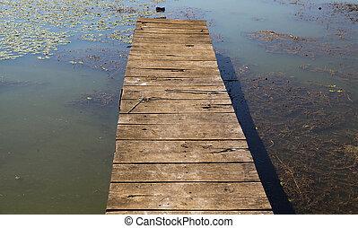 Lake pier 01