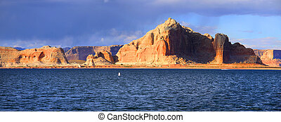Lake Powell panoramic view