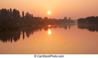 Lake sunset dawn dawn - Beautiful sunset breaking through...