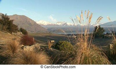 Lake Wanaka alpine backdrop