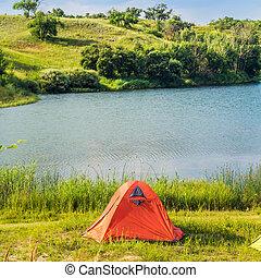 lakeside, camping