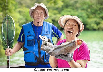 lakeside, couple, peche, personne agee, heureux