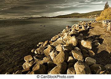 lakeside, rochers