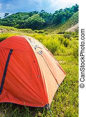 lakeside, terrain camping